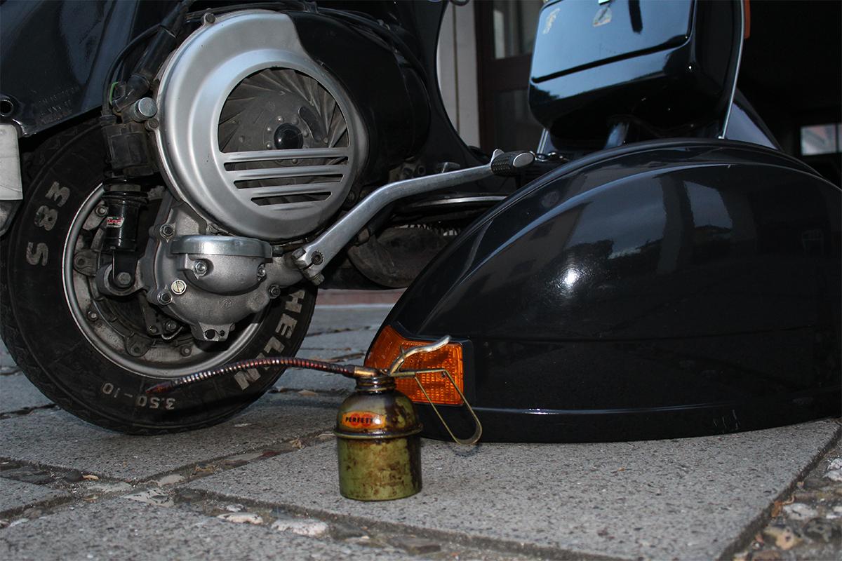 come sostituire olio motore vespa